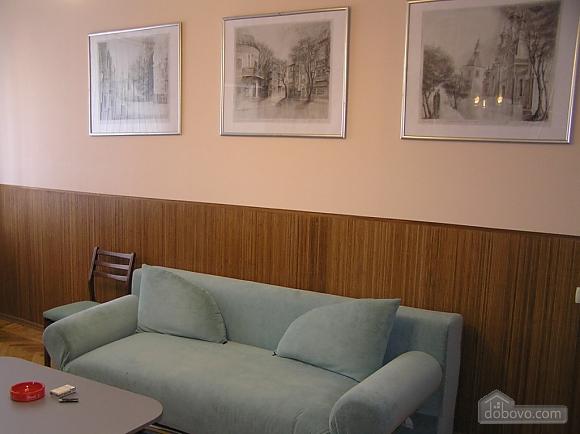 Квартира в центре возле метро Площадь Конституции, 3х-комнатная (51381), 009