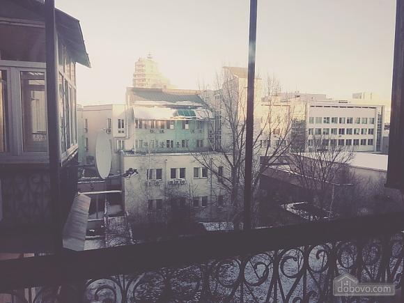 Квартира в самому центрі Києва, 2-кімнатна (51579), 004