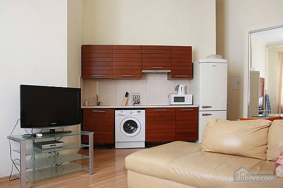 Квартира в центре Киева, 2х-комнатная (96611), 001