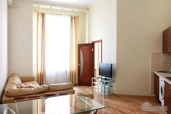 Квартира в центре Киева, 2х-комнатная (96611), 003
