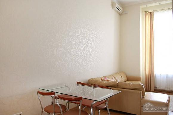 Квартира в центре Киева, 2х-комнатная (96611), 004