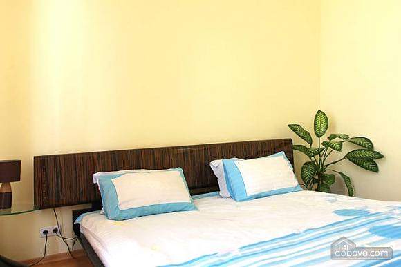 Квартира в центре Киева, 2х-комнатная (96611), 010