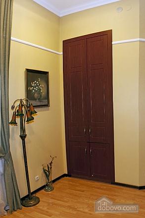 Квартира класу люкс біля Дерибасівської, 3-кімнатна (52106), 008