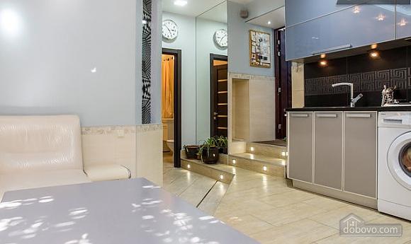 Квартира в стилі High Tech, 2-кімнатна (97468), 010