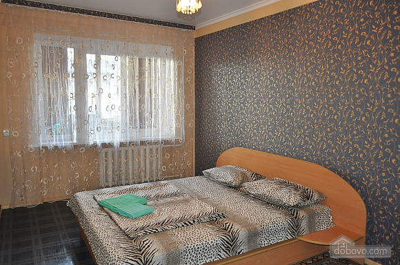 Дворец Украина, 2х-комнатная (75216), 001