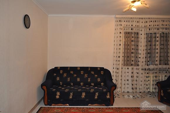 Дворец Украина, 2х-комнатная (75216), 005