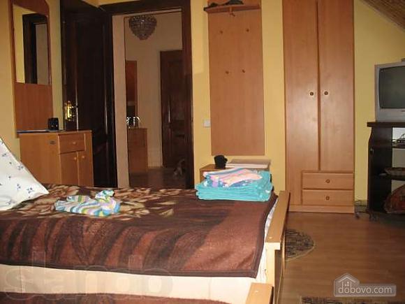 Комнаты-номера в особняке в вилле в Сходнице, 1-комнатная (97930), 004
