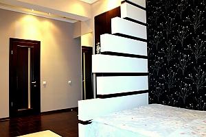 Стильная квартира в центре, 1-комнатная, 003