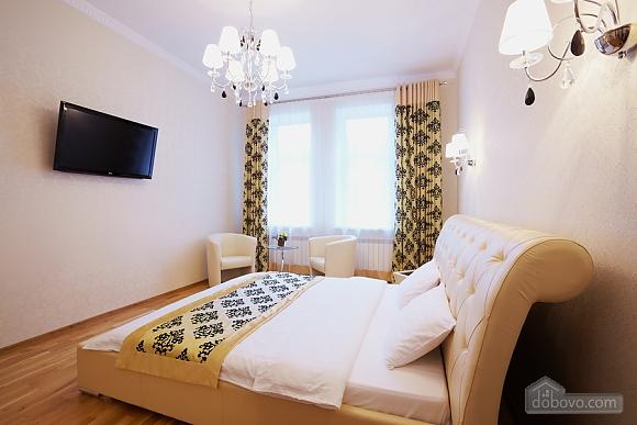 Квартира біля Оперного театру, 1-кімнатна (10106), 002
