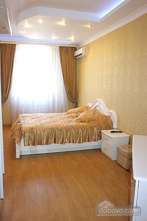 Luxury in one minute from Deribsovskaya, Deux chambres (77787), 003