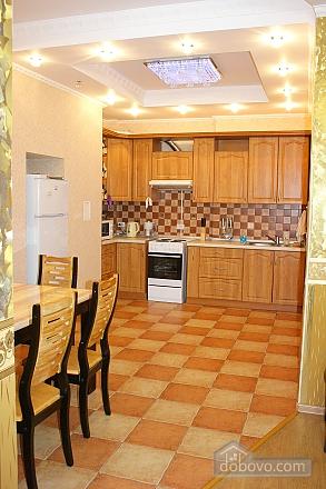 Luxury in one minute from Deribsovskaya, Deux chambres (77787), 012