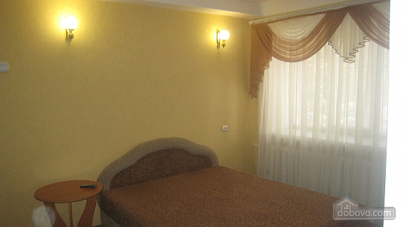 In the city center, One Bedroom (10436), 001