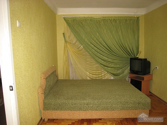 In the city center, One Bedroom (10436), 003