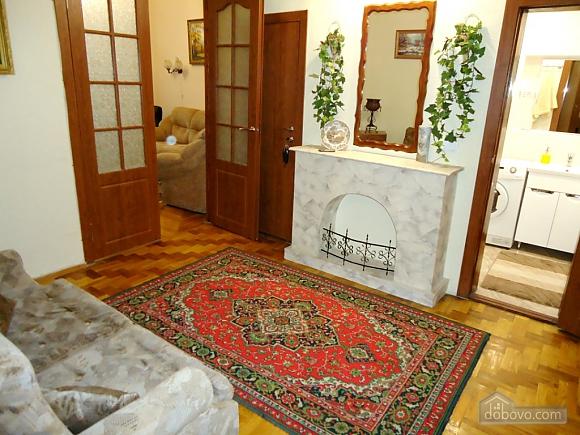 Біля Бессарабки і Хрещатика, 2-кімнатна (32952), 012