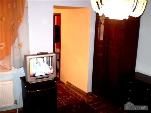 Apartment after the renovation, Studio (33018), 003