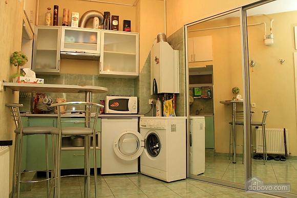 Квартира на Катерининській, 3-кімнатна (10568), 004