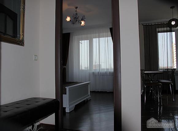 2 Kharkovskaya, Studio (11490), 004