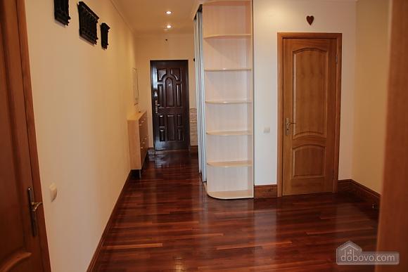 Modern apartment near Aladdin shopping mall, Zweizimmerwohnung (79039), 005