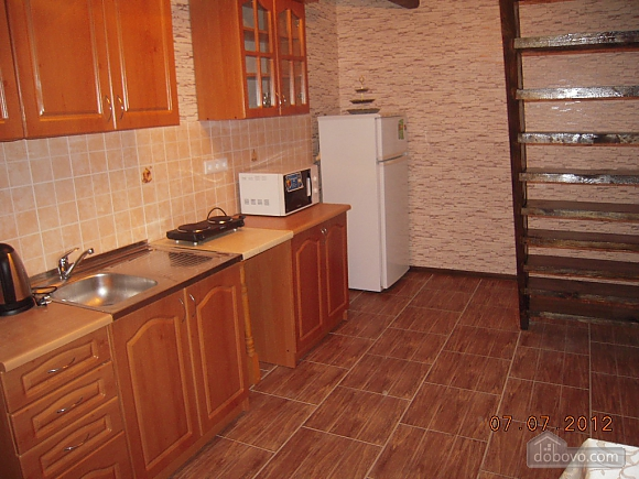 Частный дом возле реки Десна, 2х-комнатная (57182), 003
