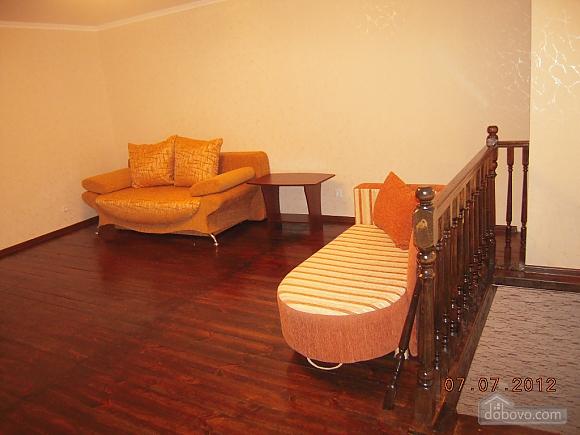 Частный дом возле реки Десна, 2х-комнатная (57182), 001