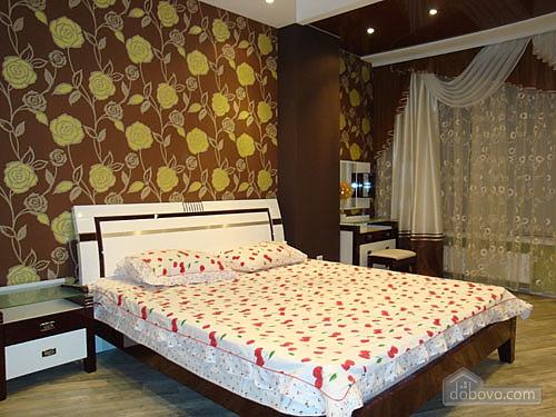 Роскошные апартаменты в Мост сити, 2х-комнатная (79962), 001