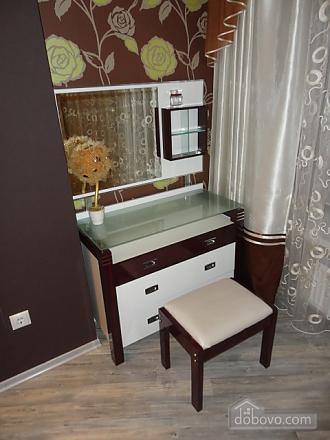 Роскошные апартаменты в Мост сити, 2х-комнатная (79962), 010