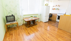 Lukyanova, Studio, 002