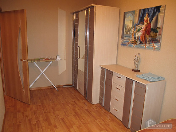 17 Baseina, One Bedroom (35589), 004