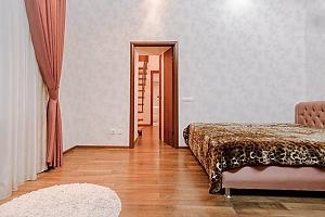 Возле Дерибасовской и Оперного театра, 1-комнатная, 001
