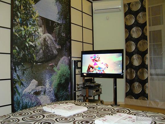 В японском стиле на Крещатике, 2х-комнатная (36775), 005