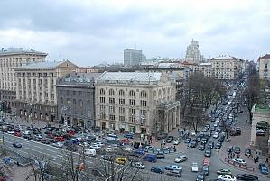 Standard on Khreschatyk - view 8 floor, Dreizimmerwohnung, 011