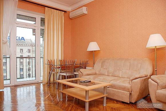 Standard on Khreschatyk - view 8 floor, Due Camere (14457), 002