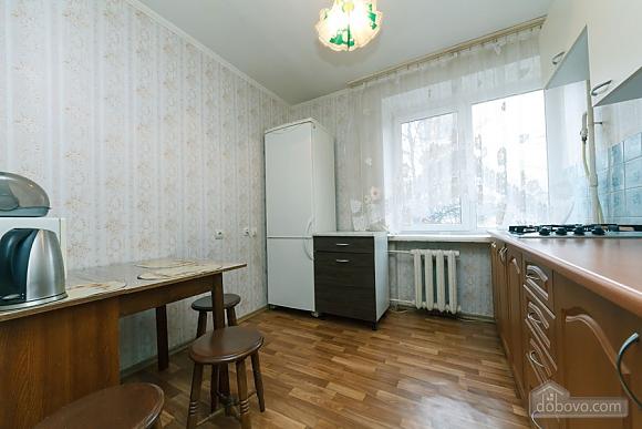 28a Lesi Ukrainky, Un chambre (38291), 004