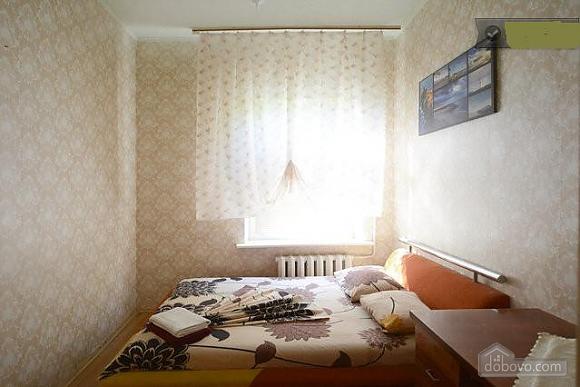 Podil, Two Bedroom (83390), 002