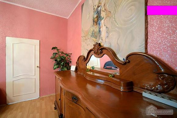 Podil, Two Bedroom (83390), 007