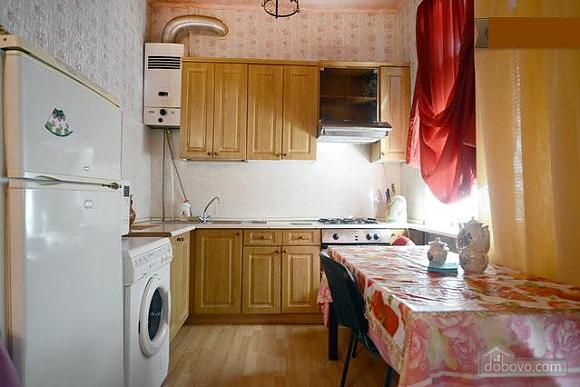 Podil, Two Bedroom (83390), 010