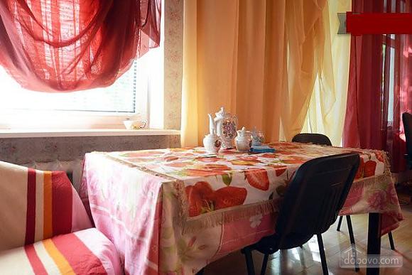 Podil, Two Bedroom (83390), 009