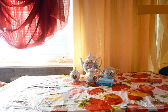 Podil, Two Bedroom (83390), 011
