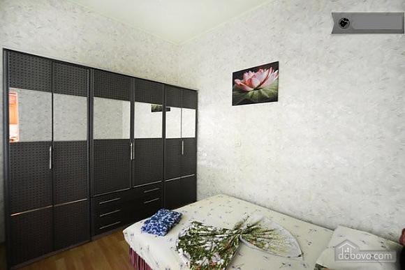 Podil, Two Bedroom (83390), 016