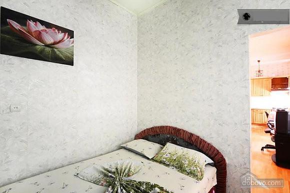 Podil, Two Bedroom (83390), 017