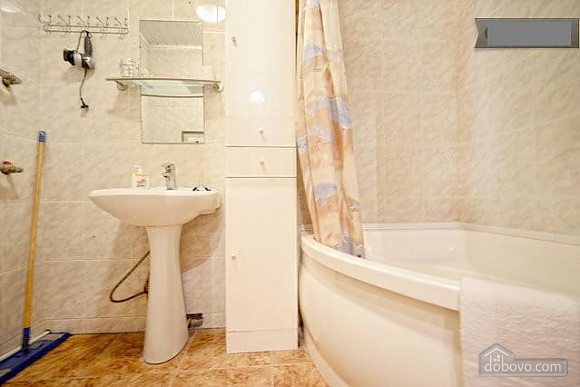 Podil, Two Bedroom (83390), 026