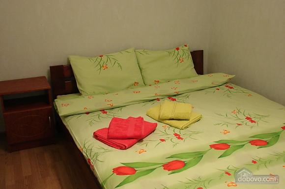 Метро Дорогожичи, 3х-комнатная (16302), 003