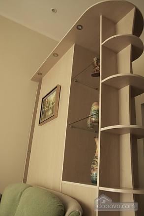 Apartment in the city center, Studio (10550), 005