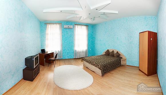 Квартира біля Дерибасівської, 4-кімнатна (16500), 001
