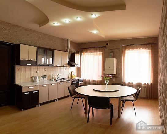Квартира біля Дерибасівської, 4-кімнатна (16500), 011