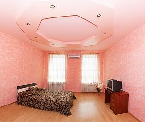 Apartment near Derybasivska, Vierzimmerwohnung, 002