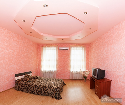 Квартира біля Дерибасівської, 4-кімнатна (16500), 002