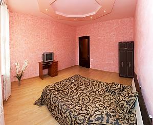 Apartment near Derybasivska, Vierzimmerwohnung, 003
