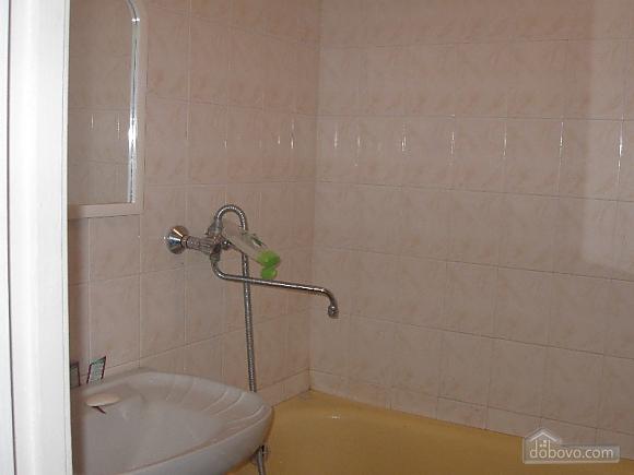 Квартира на Героев Сталинграда, 2х-комнатная (16632), 003