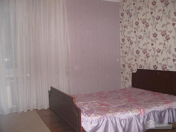 Квартира на проспекті Героїв Сталінграду, 2-кімнатна (16632), 004